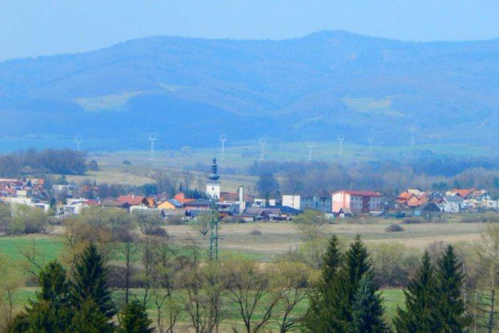 Ilustračný obrázok ku kvízu 15 rýchlych otázok vám ukáže, či dobre poznáte dedinky v okolí Žiaru