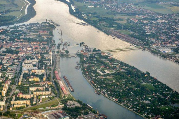 Ilustračný obrázok ku kvízu Od Čierneho lesa do Čierneho mora. Otestujte sa, čo viete o Dunaji?