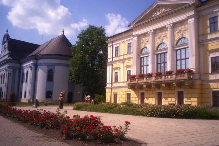 Ilustračný obrázok ku kvízu Odhaľte svoje znalosti o vývoji nášho mesta: Ako sa menila Spišská Nová Ves?
