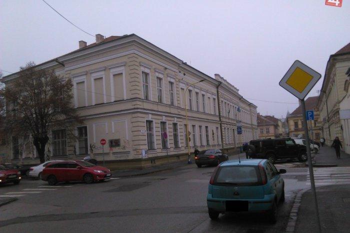 Ilustračný obrázok ku kvízu Ako dobre poznáte školy v Košiciach? Predveďte svoje znalosti!