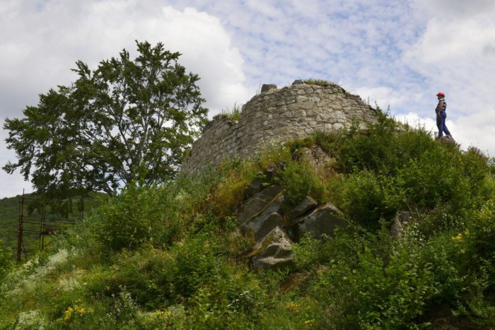 Ilustračný obrázok ku kvízu 10 snímok z okresu Prešov: Predveďte sa a priraďte ku každej tú správnu dedinu