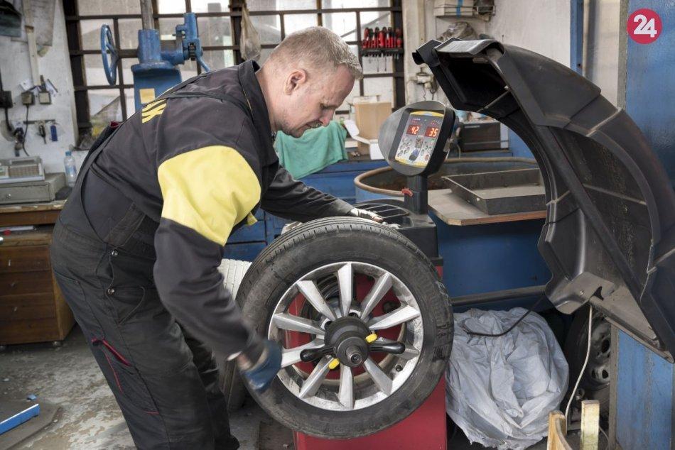 Pripojiť pneumatiku