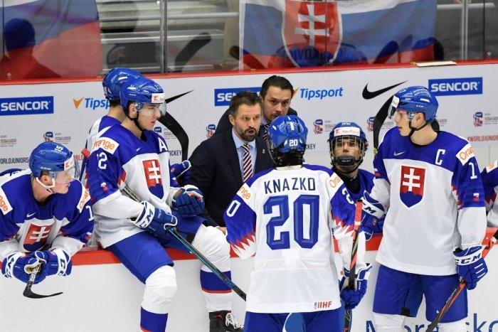 Ilustračný obrázok k článku Slovenskí hokejisti do 20 rokov sa vyrovnali rovesníkom z Česka: Aj oni majú troch nakazených!