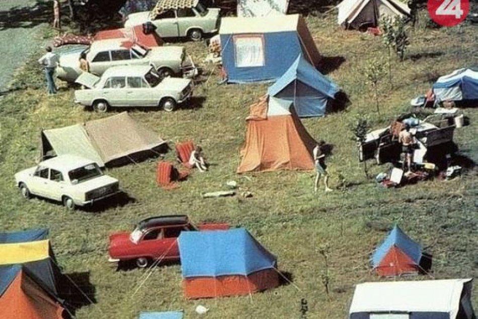 Ilustračný obrázok k článku RETRO leto za socíku: Cez Čedok, s veľkým stanom, autom bez klímy a konzervami, FOTO