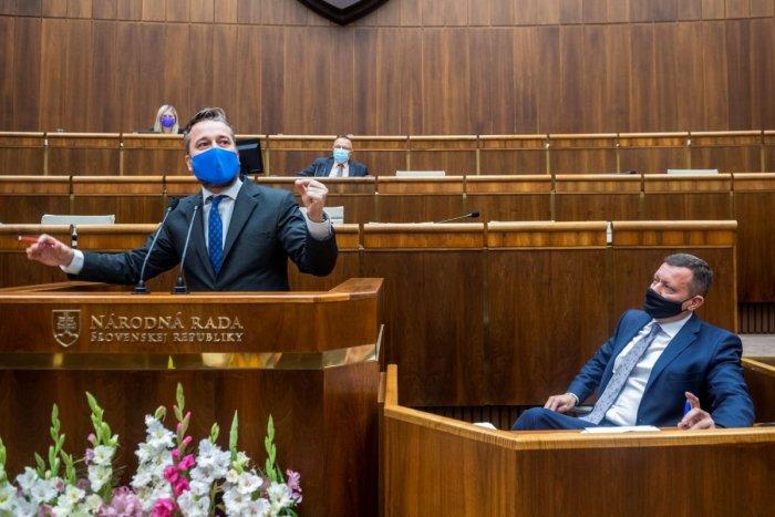 Poslanec Blaha sa TVRDO pustil do Lipšica: Všetko v živote dosiahol podvodom!